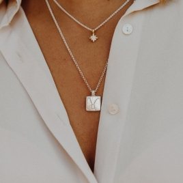 Silver Medium Gemini Horoscope Necklace detailed