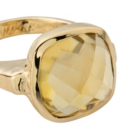 Gold Citrine Crystal Ring detailed