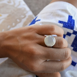 Silver Moonstone Mood Ring detailed