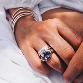 Silver Amethyst Treasure Ring detailed