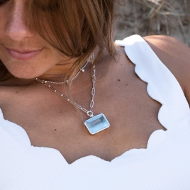 AALIYAH Silver Aquamarine Star Trace Chain Necklace detailed