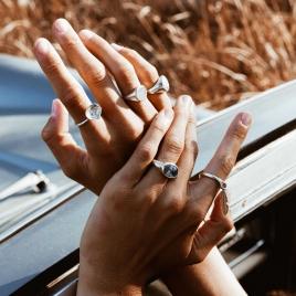 Silver Mini Shell Love Struck Ring detailed