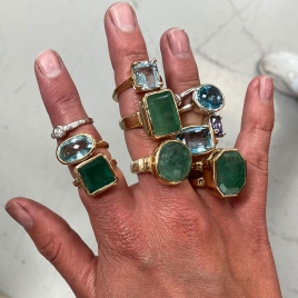 PHYSIS Emerald Gold Ring detailed