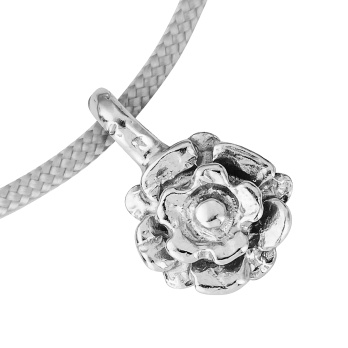 Silver Medium Yorkshire Rose Sailing Rope detailed
