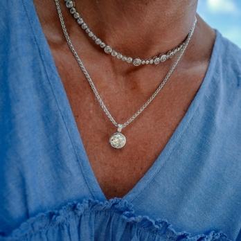 DAHLIA White Gold Diamond Necklace detailed