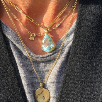 EZILI Gold Aquamarine Teardrop Necklace detailed