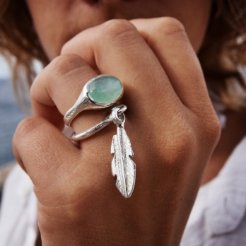 Silver Falling Feather Ring detailed