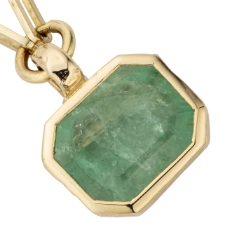 FILIS Emerald Trace Chain Gold Necklace detailed