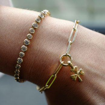 Gold Baby Shamrock Trace Chain Bracelet  detailed
