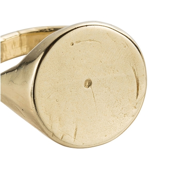 Gold Roman Signet Ring detailed