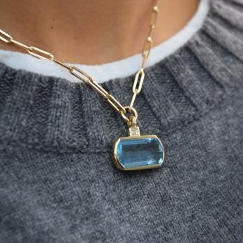 HALI Aquamarine & Diamond Necklace detailed
