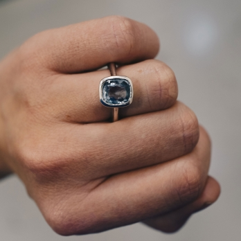 MAZU Silver Blue Sapphire Ring detailed