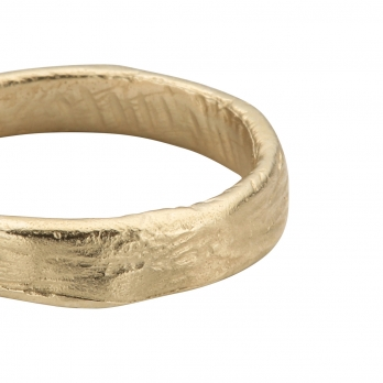 Mens Gold Midi Posey Ring detailed