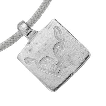 Silver Medium Leo Horoscope Sailing Rope detailed
