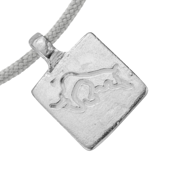 Silver Medium Taurus Horoscope Sailing Rope detailed