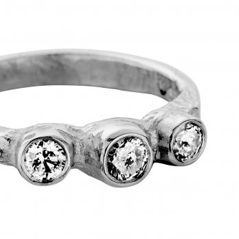 Platinum Diamond Trinity Ring detailed