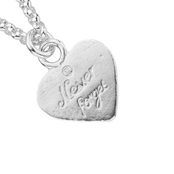 Take That Never Forget Necklace detailed