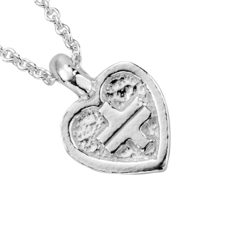 Take That Mini Heart Necklace detailed