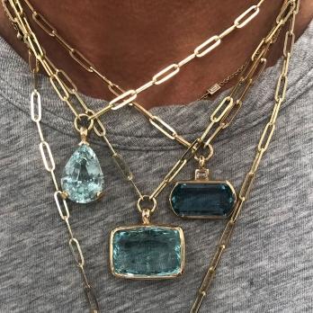 ULANNI Gold Aquamarine Trace Chain Necklace detailed