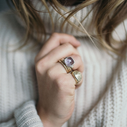 Gold Amethyst Crystal Ring detailed