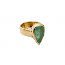 OLWEN Emerald Gold Ring