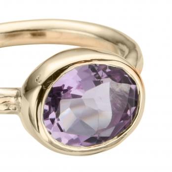 Gold Amethyst Baby Treasure Ring detailed