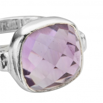 Silver Amethyst Crystal Ring detailed
