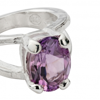 Silver Amethyst Maxi Claw Ring detailed