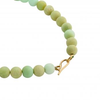 YARKONA Chrysoprase Small Bead Necklace detailed