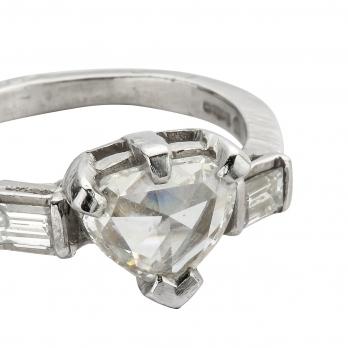 Cinderella Diamond Heart Platinum Ring detailed