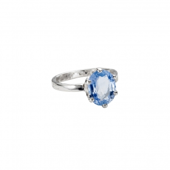 White Gold Oval Blue Sapphire Ring