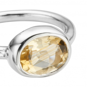 Silver Citrine Baby Treasure Ring detailed