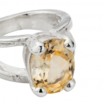 Silver Citrine Maxi Claw Ring detailed