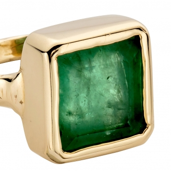 CONSTANTINE Gold Emerald Ring detailed