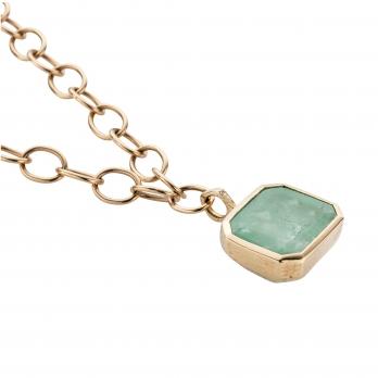 DRUCILLA Gold Emerald Necklace detailed