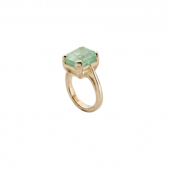 EIRENE Emerald Gold Claw Ring detailed