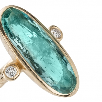 Gold EROS Aquamarine & Diamond Ring detailed