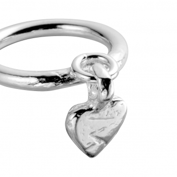 Silver Falling Baby Heart Ring detailed