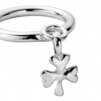 Silver Falling Baby Shamrock Ring detailed