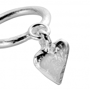 Silver Falling Heart Ring detailed