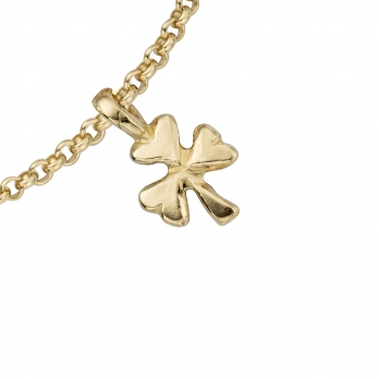 Gold Baby Shamrock Chain Bracelet detailed