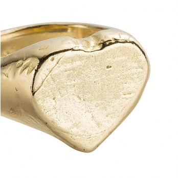Gold Heart Signet Ring detailed