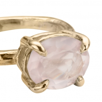 Gold Rose Quartz Claw Ring detailed
