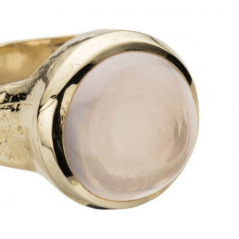 Gold Rose Quartz Mood Ring detailed