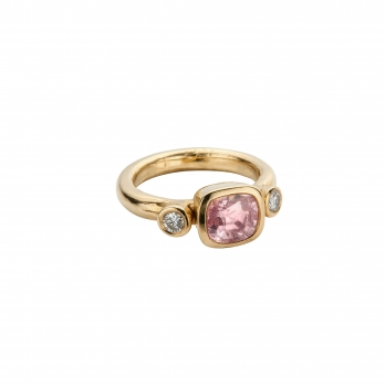 HATHOR Pink Sapphire & Diamond Gold Ring