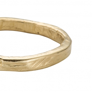 Ladies Gold Posey Ring detailed