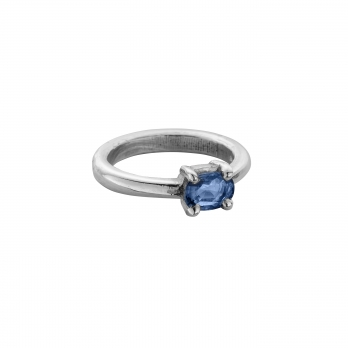 LAKA Silver Blue Sapphire Claw Ring