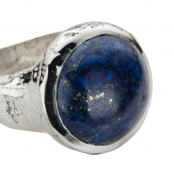 Silver Lapis Mood Ring detailed