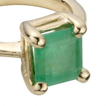 LAUREL Gold Emerald Claw Ring detailed