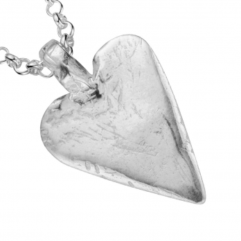 Silver Midi Heart Necklace detailed